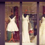 Romantyczny ślub w stylu retro – jaką suknię wybrać?