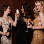 Sukienki na przyjęcie – wybrać długie czy krótkie?