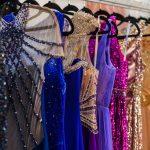 Stylizacja na wesele – jak wyglądać modnie i czuć się wygodnie?