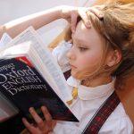 W jakim wieku dziecko powinno rozpocząć naukę języka obcego?