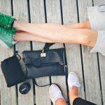 Małe, poręczne, stylowe – o zaletach plecaków i torebkach damskich
