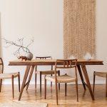 Stoliki i stoły do salonu połączonego z jadalnią
