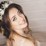 Eleganckie upięcia długich włosów na ślub