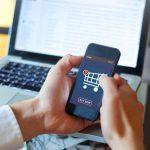 Jak kupować rzeczy online, aby szybko zostały doręczone do rąk własnych?