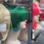 Na jakie kwestie zwrócić uwagę dokonując wyboru peruki?